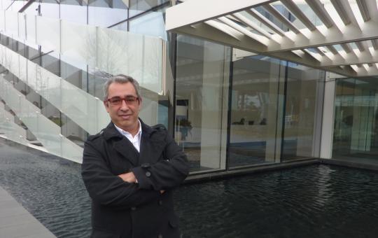Emilio F. Martín es fundador y CEO de Apontoque